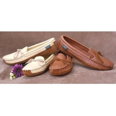 Women's Canoe Sole Moccasin Shoes