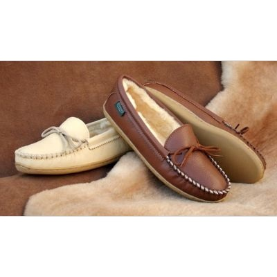 Women's Molded Sole Sheepskin Moccasin Slippers