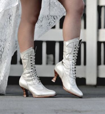 Jasmine Wedding Boots Victorian Pearl Kidskin Fashion
