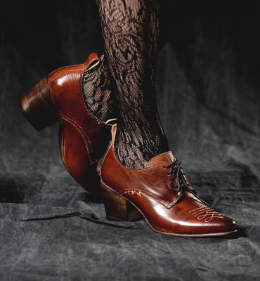 Braunstone Shoes Western Inspired Cognac Leather Lace Up