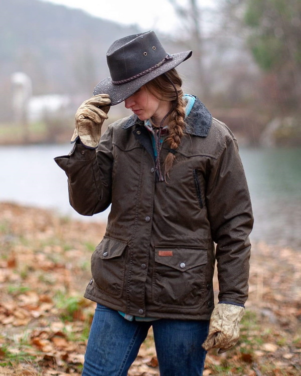 Outback Trading Co. Outerwear