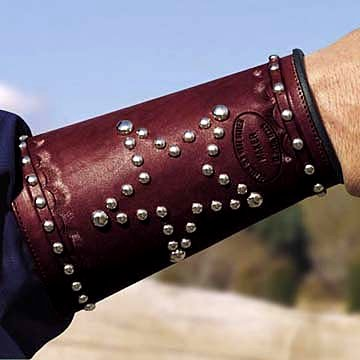 The Star Western Leather Shootist Cuff